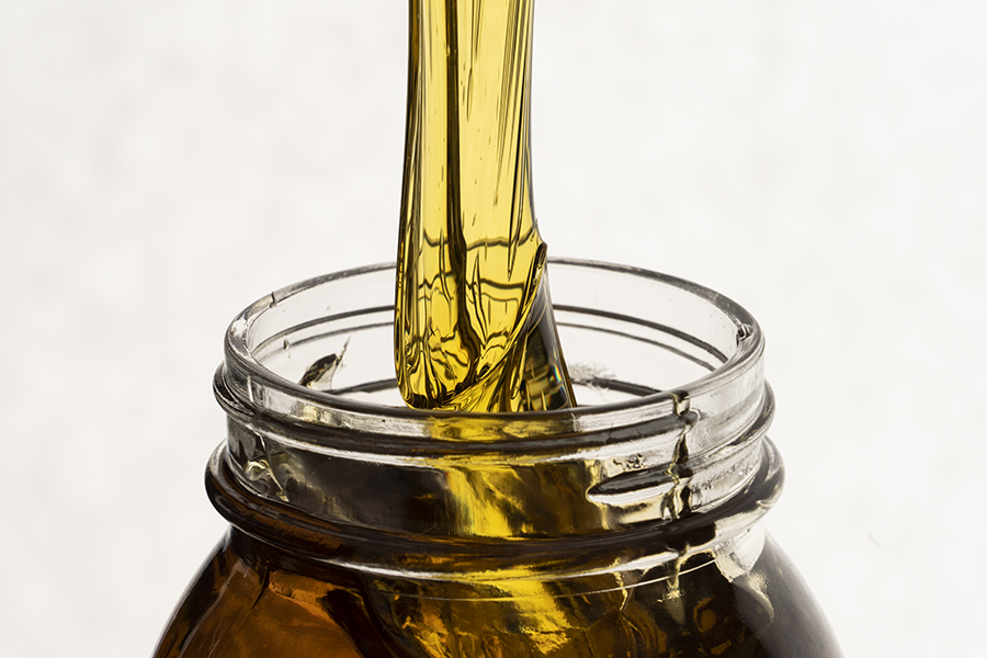 Infusing CBD concentrate in carrier oil